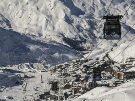 Une dizaine de stations de ski françaises ouvrent leur domaine ce weekend