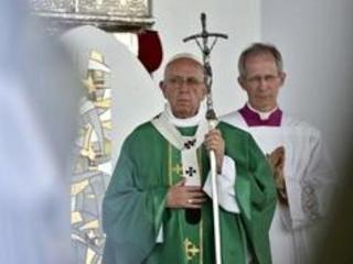 Le pape dénonce la misère des périphéries des grandes villes