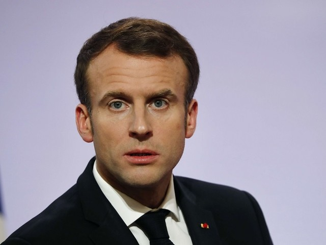 """""""Gilets jaunes"""" : la presse étrangère se paie Macron"""