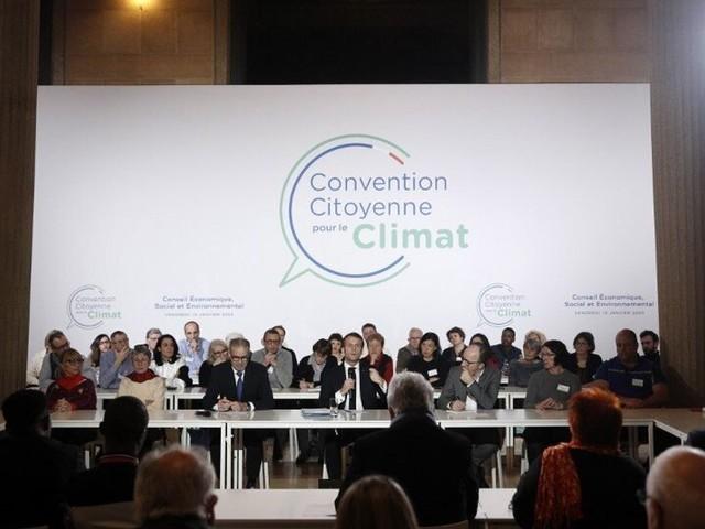 """Convention pour le Climat: pluie de critiques sur les propositions """"idéologiques"""""""