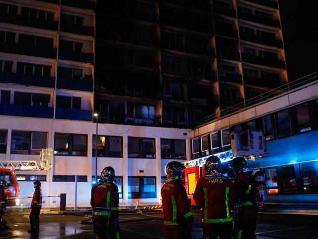 Créteil : un mort et des blessés dans l'incendie d'un immeuble jouxtant un hôpital