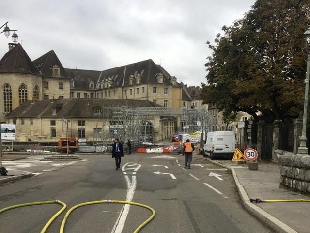 Le centre-ville bouclé après une fuite de gaz