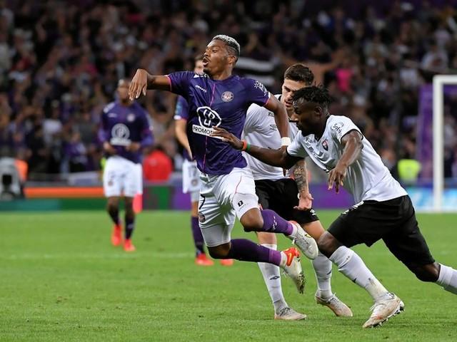 VIDEO. Ligue 2 - 10e journée : le TFC tombe à domicile contre Caen (3-2) et manque l'occasion de prendre le large en tête du classement