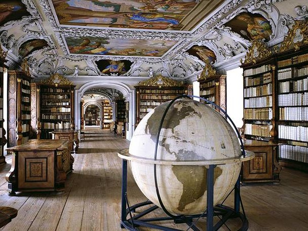 Inside the Most Beautiful Libraries in the World
