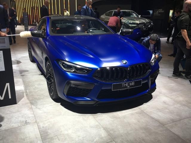 BMW M8 Compétition - la plus puissante - En direct du salon de Francfort