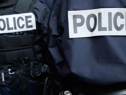 Projet d'attentat déjoué en France: un homme de 33 ans, qui avait prêté allégeance au groupe Etat islamique, écroué