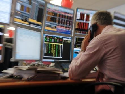 Deux ONG demandent à la France de forcer les banques à se verdir