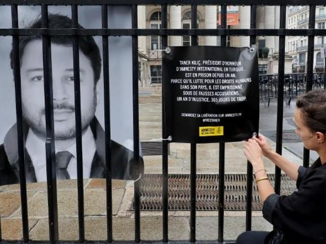 Turquie: le président d'Amnesty libéré