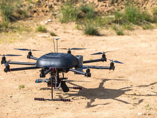 Aux frontières d'Israël, la rivalité des drones