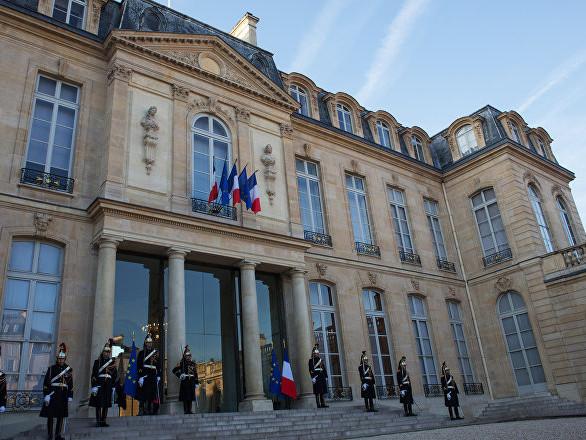 Macron juge que «trop» de Français oublient «le sens de l'effort», et fait polémique