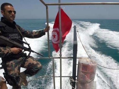 La Tunisie appelée à accueillir un bateau de migrants bloqué en Méditerranée