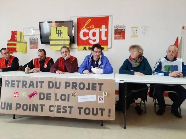 Près du Havre, soirée débat contre la réforme des retraites avant la manifestation régionale