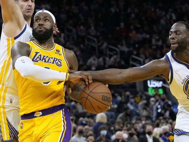 NBA : LeBron James et les Los Angeles Lakers misent sur l'expérience pour décrocher le titre