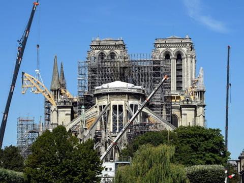 Travaux, dons, pollution: quel bilan à Notre-Dame, trois mois après?