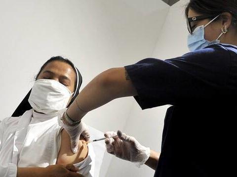 Coronavirus : L'Italie veut généraliser le pass sanitaire à tous les lieux de travail