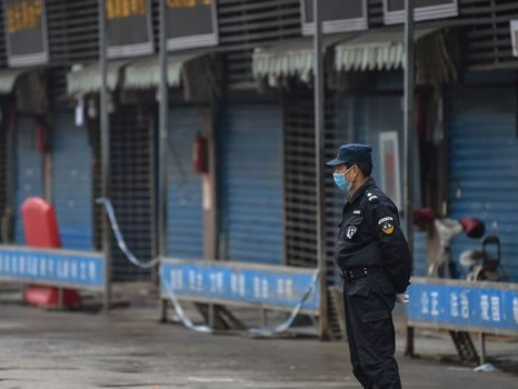 Virus chinois : la mise en quarantaine peut-elle réellement freiner l'épidémie?