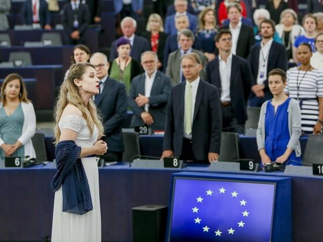 [En direct du Parlement] Récap' : une session d'investiture très politique après les européennes