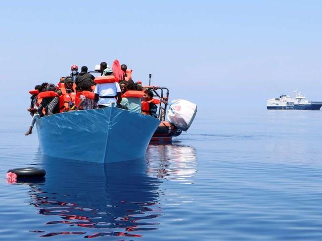 Au moins 43 migrants disparus dans le naufrage d'un bateau au large de la Tunisie