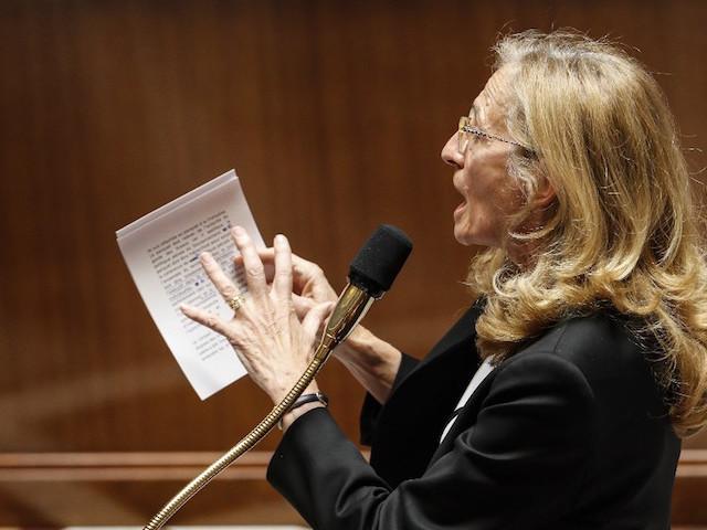 """Affaire des """"écoutes"""": Belloubet demande une inspection sur l'enquête du parquet financier"""