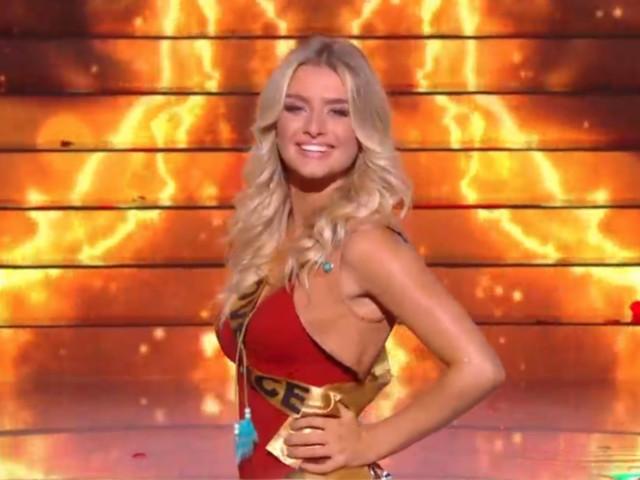 Miss France 2020 : Les 30 Miss sensuelles en maillot, accident d'écharpe en live