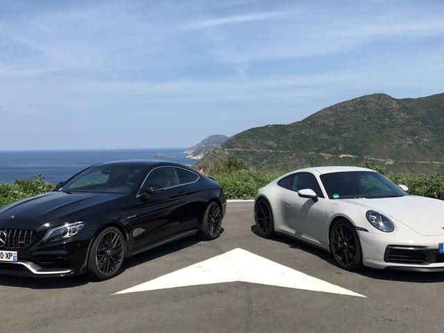 Mercedes AMG C63 S Coupé vs Porsche 911 Carrera S (992) : les photos de notre match