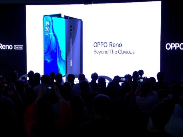Oppo lance un smartphone avec zoom X10 et caméra en aileron de requin
