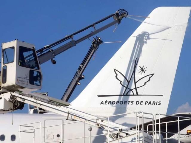 Aéroport de Paris : le projet de référendum franchit le cap du million de soutiens
