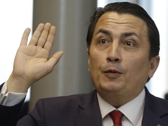 Le député socialiste bruxellois, Emin Ozkara, annonce qu'il siégera dorénavant comme indépendant