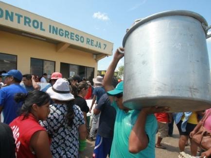 """Bolivie: La Paz a faim, Santa Cruz organise un """"pont aérien"""" pour la nourrir"""