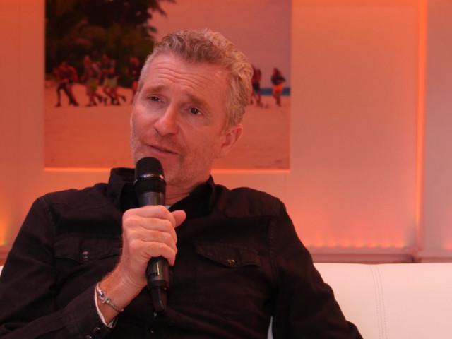 """Denis Brogniart """"sait tout"""" dans Koh-Lanta: comment il déstabilise les candidats"""