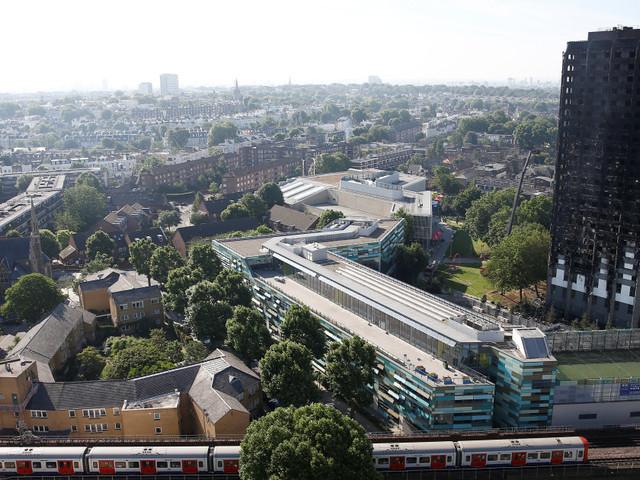 """Incendie de Londres: """" ce serait un miracle de retrouver des survivants"""""""