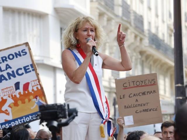 Christophe Castaner veut que la justice soit saisie après les propos de Martine Wonner à Paris