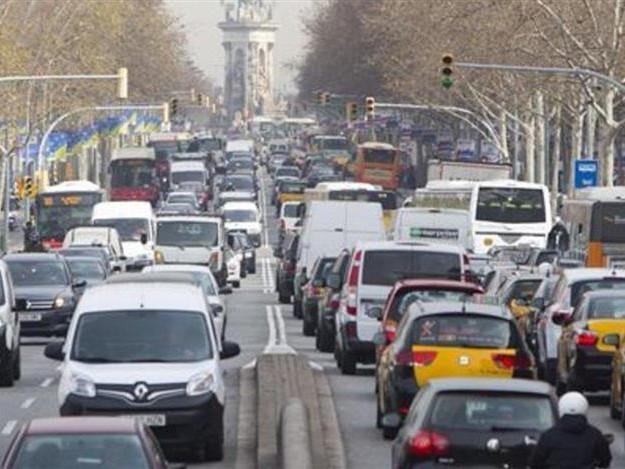 Taxe carbone : 4 millions de véhicules bientôt concernés en Catalogne