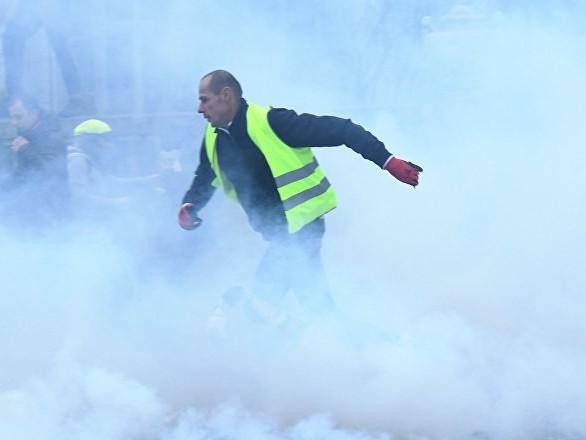 «Qu'ils se servent de leurs armes»: un ex-ministre appelle à tirer sur les manifestants