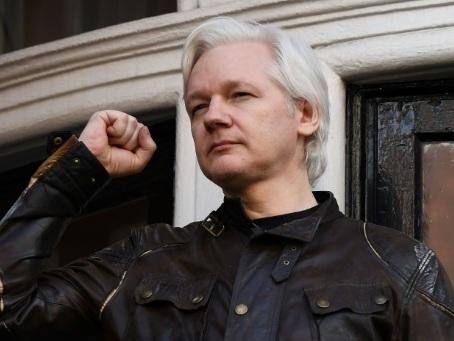 La justice britannique examine la demande d'extradition d'Assange vers les USA