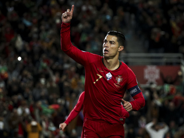 Football - Euro 2020 - Cristiano Ronaldo répond sur le terrain