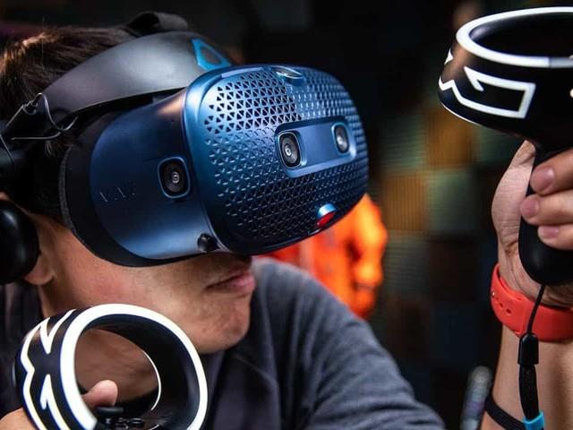 HTC Vive : la famille Cosmos s'étoffe avec trois nouveaux casques VR