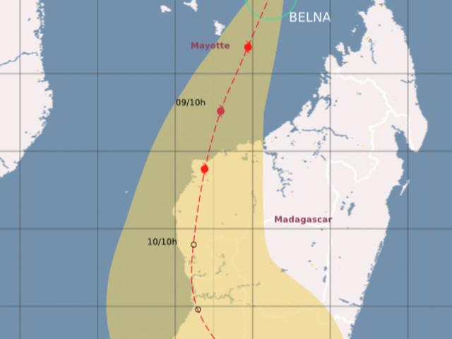 Belna devrait passer à environ 100 km à l'Est de Mayotte en fin de journée