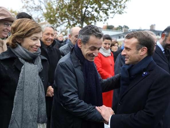 Emmanuel Macron et Nicolas Sarkozy, une proximité assumée
