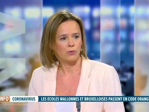 """Caroline Désir dans le RTL INFO 19H: """"On est à 10.000 quarantaines élèves et enseignants compris en Fédération Wallonie-Bruxelles"""""""