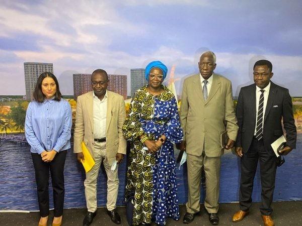 Une mission de la FIFA installe le Comité de normalisation de la FIF à Abidjan