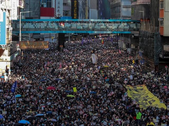 À Hong Kong, les pro-démocratie revendiquent 800.000 manifestants pour leurs 6 mois de mobilisation