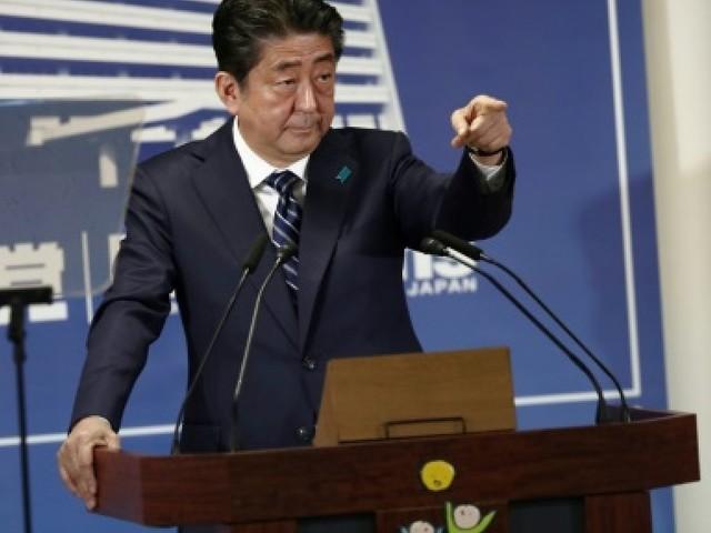 Japon: Shinzo Abe a conquis des voix mais pas les coeurs