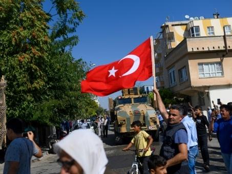 Une ville turque en première ligne du conflit entre peur et fierté