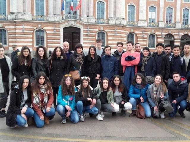Toulouse. Lycée Raymond Naves : échanges scolaires et projets