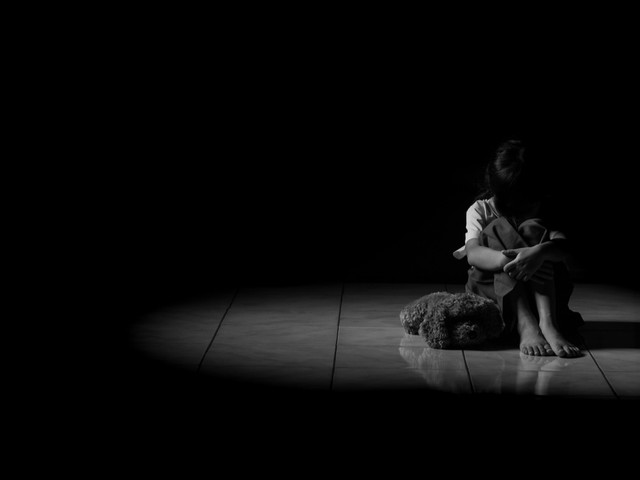 Le gouvernement s'attaque au fléau des violences sexuelles faites aux enfants