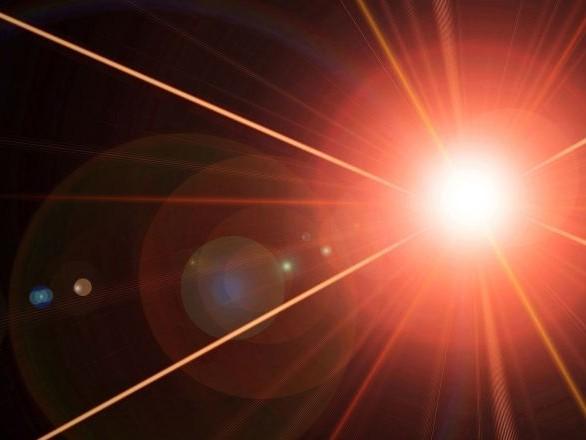 Les assistants vocaux Siri, Google et Alexa peuvent être contrôlés par des pirates via un laser