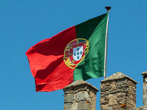 Avec près de 85% de sa population vaccinée, le Portugal continue de lever les restrictions