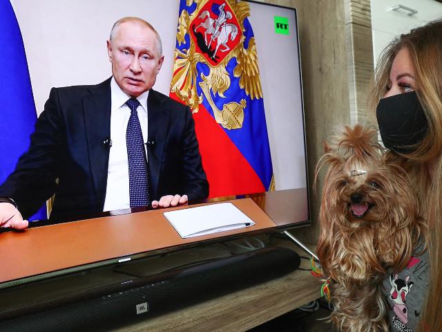 Contre le coronavirus, Poutine décrète une semaine chômée