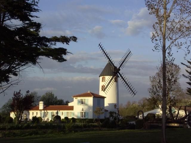 Un moulin, qui est aussi Gite rural, près des plages de Vendée